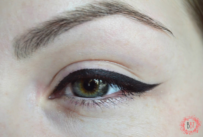 Beauty Bang Theory - L'oreal Gel Intenza Eyeliner 3